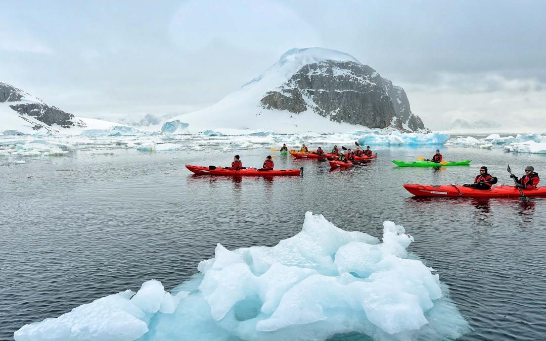 Hurtigruten: Wunder und Abenteuer Antarktis, Seereise 15 Tage ab € 4.849,-