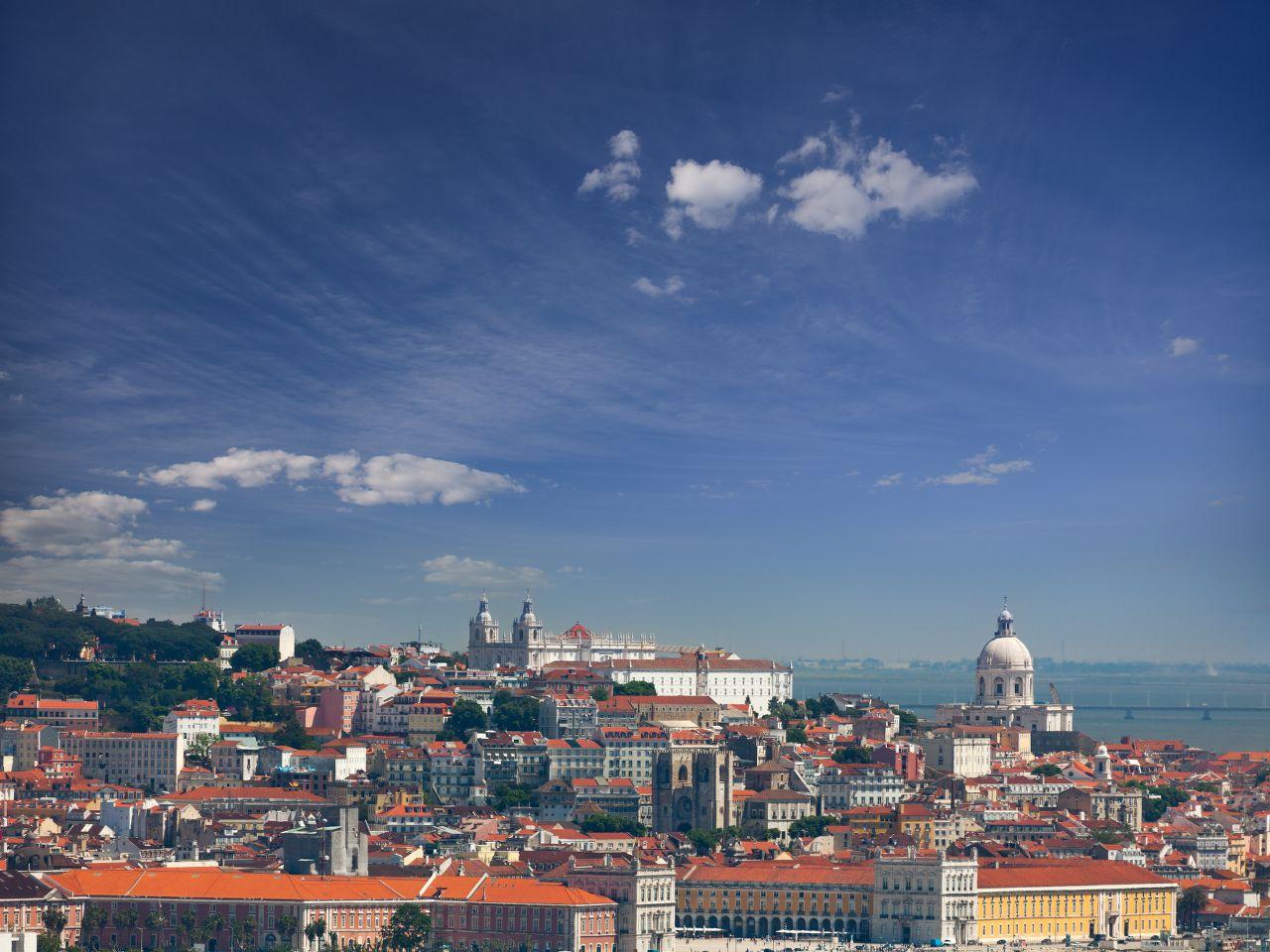 lissabon-portugal-taiga-fotolia-com-x