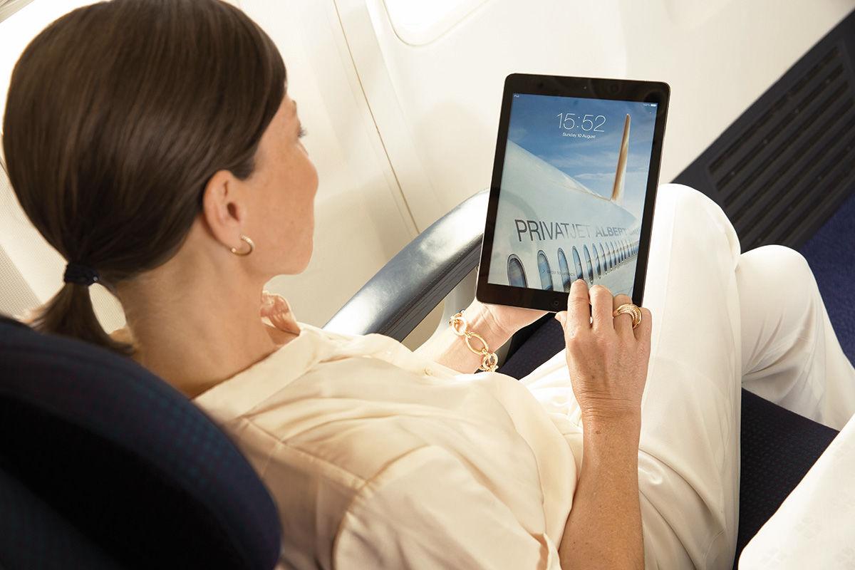 csm_Gast-mit-iPad_78bcad7330