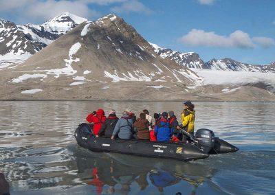 Trygghamna-Spitzbergen-GAdventures
